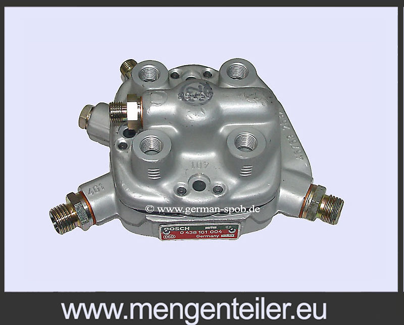 0438101004 | 0 438 101 004 Fuel Distributor 👉 Regenerated 👈 Bosch | Mercedes Benz 190  - mengenteiler.eu