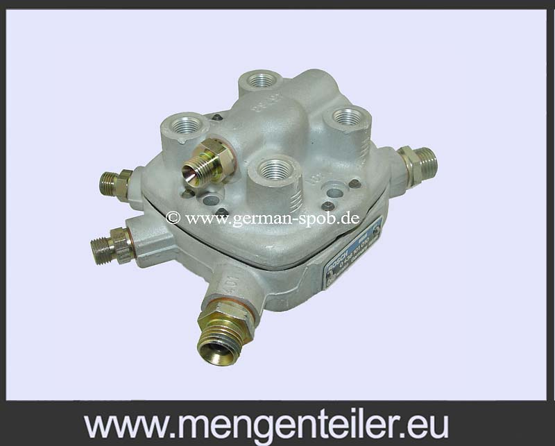 0438101009 | 0 438 101 009 Fuel Distributor 👉 Regenerated 👈 Bosch | Mercedes Benz  - mengenteiler.eu