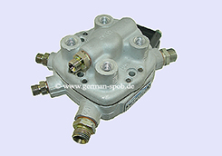 0438101010-|-0-438-101-010-Fuel-Distributor-with-EHS-|-👉-Regenerated-👈-Mercedes-Benz   0438101010 / 0 438 101 010 BOSCH