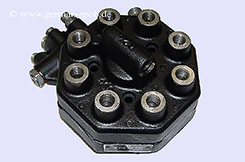 0438100050-|-0-438-100-050-Fuel-Distributor-👉-Regenerated-👈-Bosch-|-Mercedes-Benz-Ferrari   0438100050 / 0 438 100 050 Bosch
